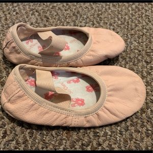 Other - Toddler Ballet shoes size 7 1/2